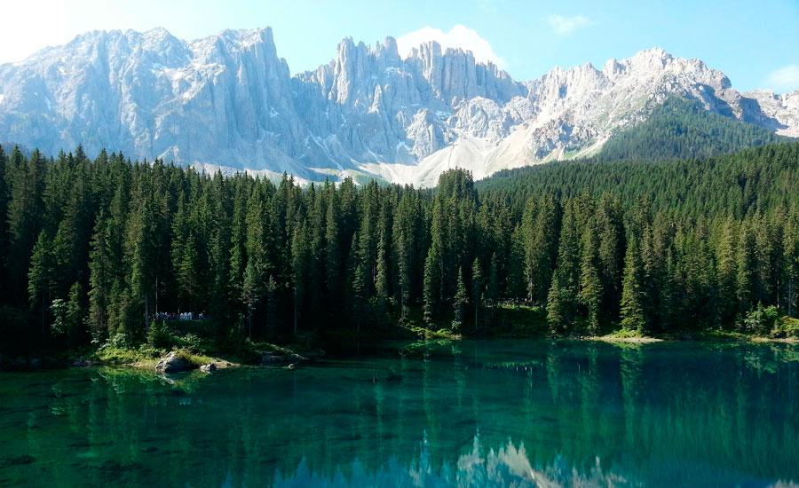 sacav-dolomites-lake