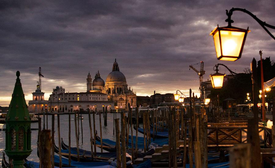sacav-venezia-night